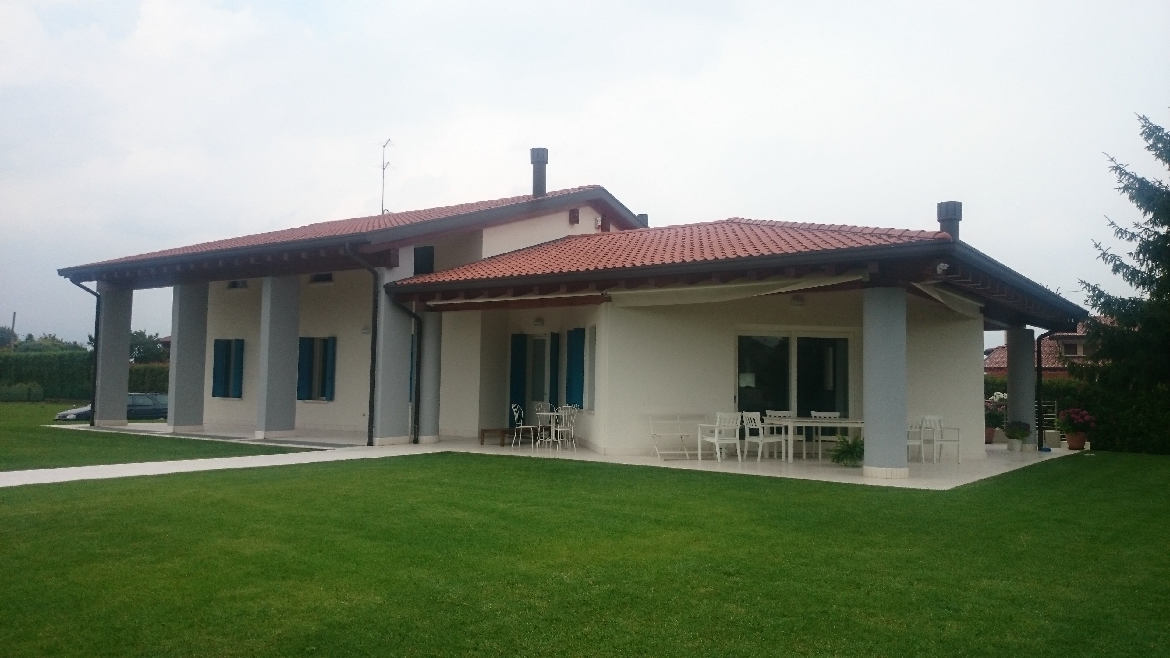 Cheap esterni case moderne interni moderni with esterni - Colori facciate esterne case ...